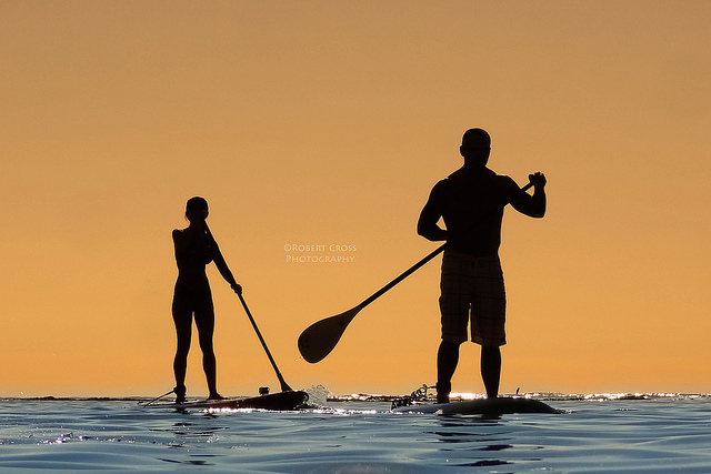 sunset-sup-couple2